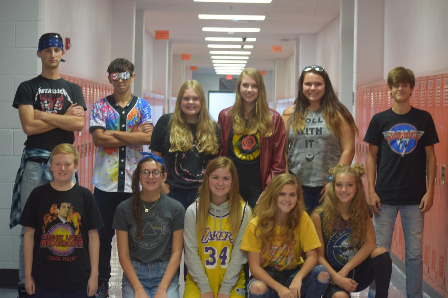 HHS+students+pose+together+for+a+quick+picture.+