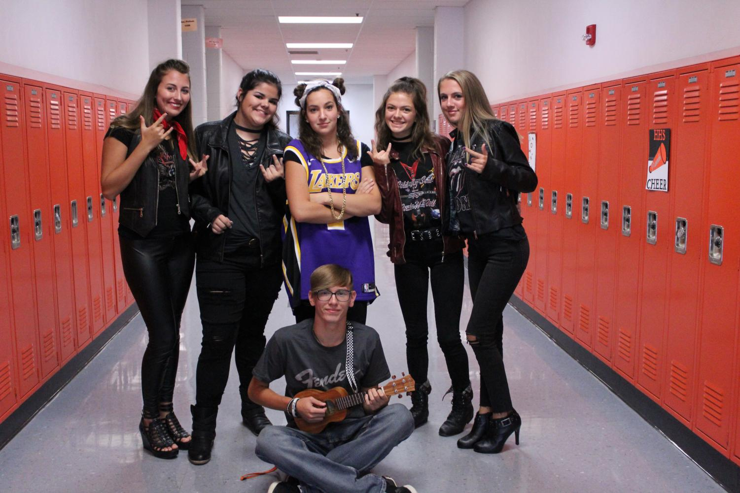 Sophomores+pose+together%2C+ready+to+rock+out.+