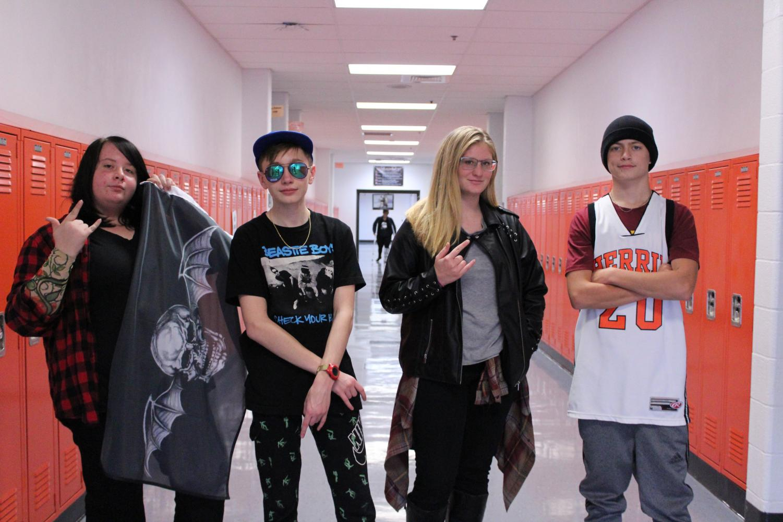 Freshmen+pose+together+showing+their+high+school+spirit.+
