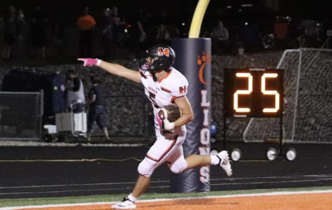 Tigers Dominate Carterville 24-28