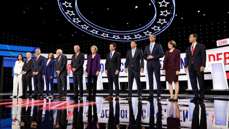 The+12+Democratic+candidates+line+up+before+the+debate